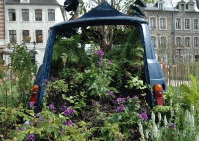 jardin éphémère 2009 voiture contre nature
