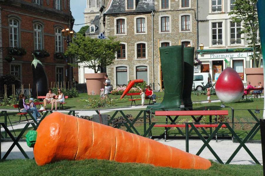 2010 – XXXL ou le jardin de Guliver