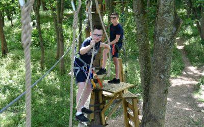 Acro'Liane – Vivez l'aventure dans les arbres en plein cœur du bois Farjon