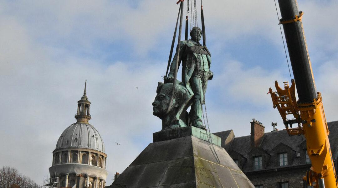 Cure de jouvence pour la statue d'Auguste Mariette